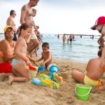 Beach Enterteinmen for children
