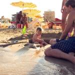 In spiaggia in famiglia